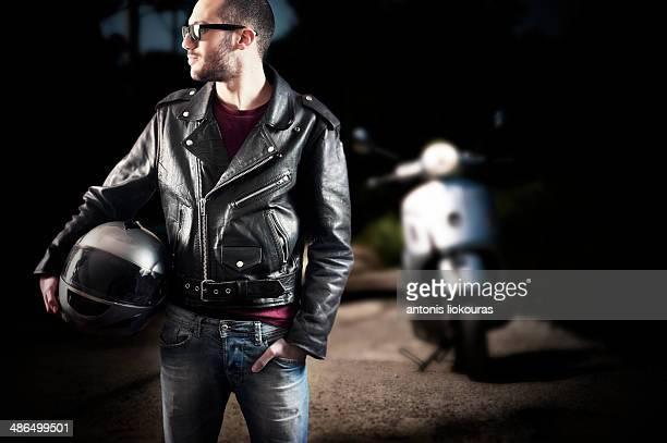 biker in leather jacket and sunglasses - blouson en cuir photos et images de collection