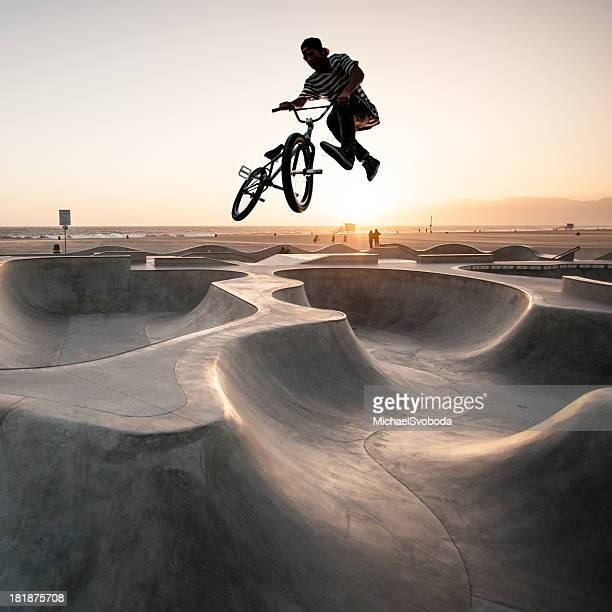 bmx biker - extreme sports stock pictures, royalty-free photos & images
