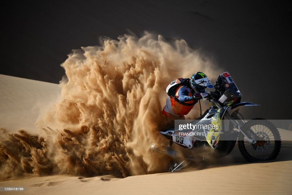 TOPSHOT-AUTO-MOTO-RALLY-DAKAR-STAGE2 : News Photo