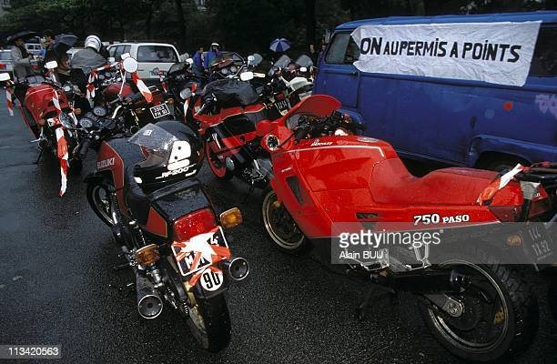 Bikers demonstration against driving licence with a penalty point system in Paris On June 20th 1992