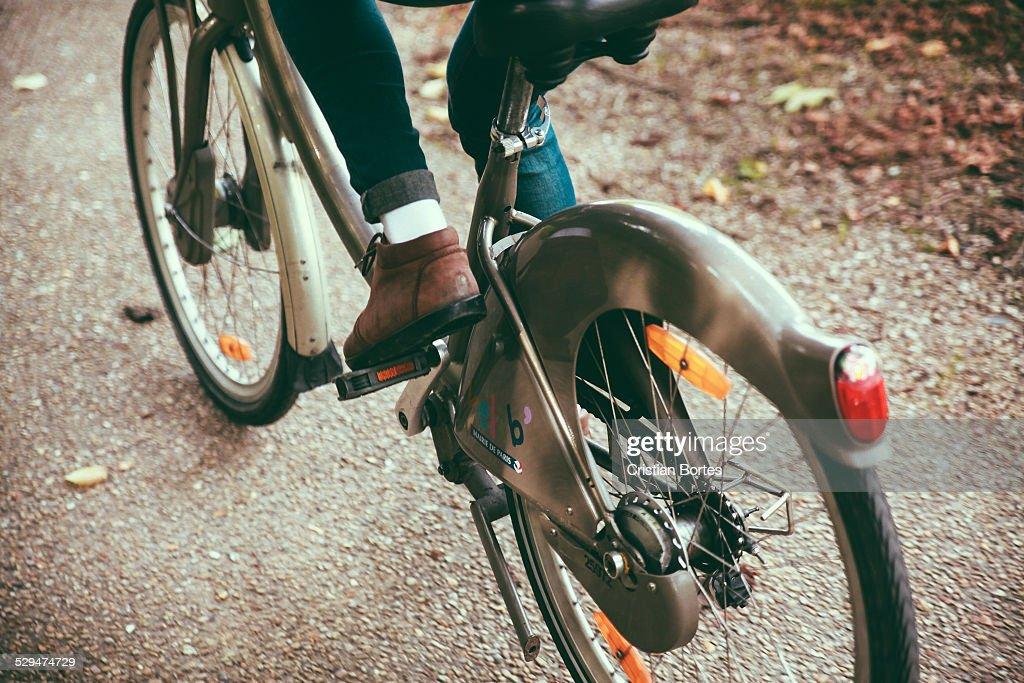 Urban Biking : News Photo
