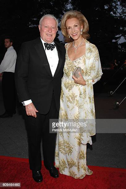 Bill Bartholomay and Mai Hallingby attend THE NEW YORK BOTANICAL GARDEN 2007 Conservatory Ball at New York Botanical Garden on June 7 2007 in New...