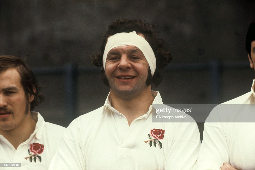 Rugby Union - 1977 Five Nations Championship - Wales v England - Cardiff Arms Park : News Photo