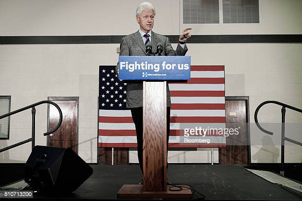 Bill Clinton former US President and husband of 2016 Democratic presidential candidate Hillary Clinton speaks during a campaign rally at West End...