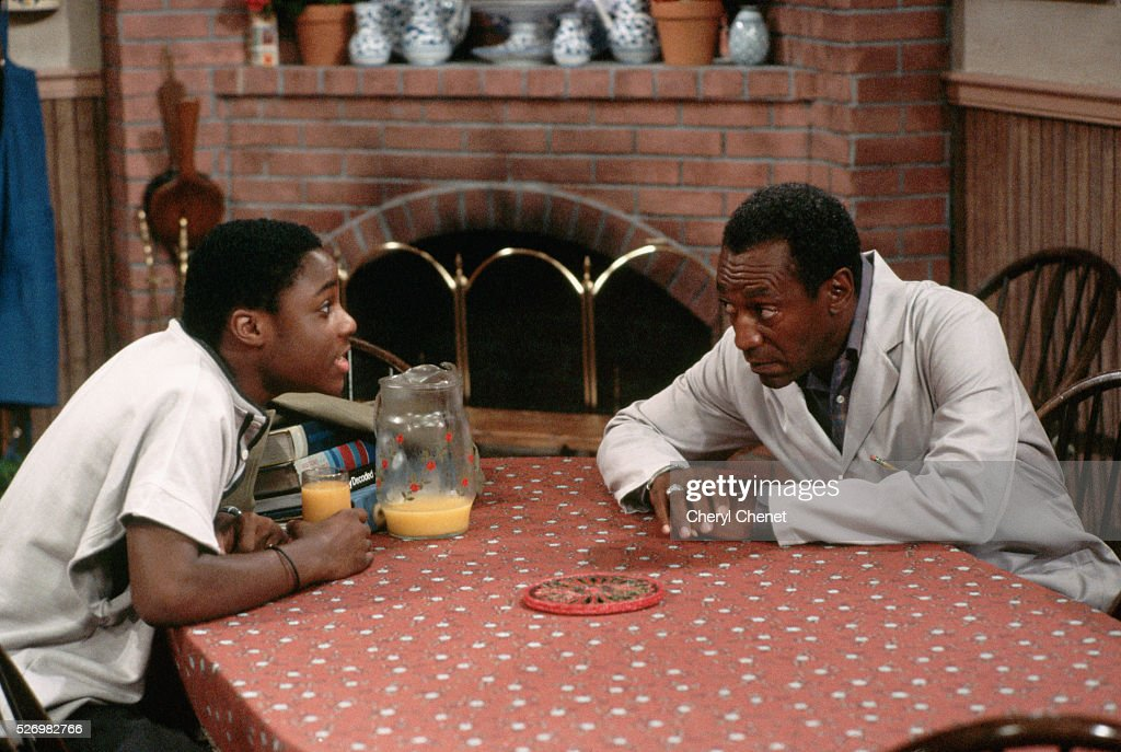 """On the Set of the """"Cosby Show"""" : News Photo"""