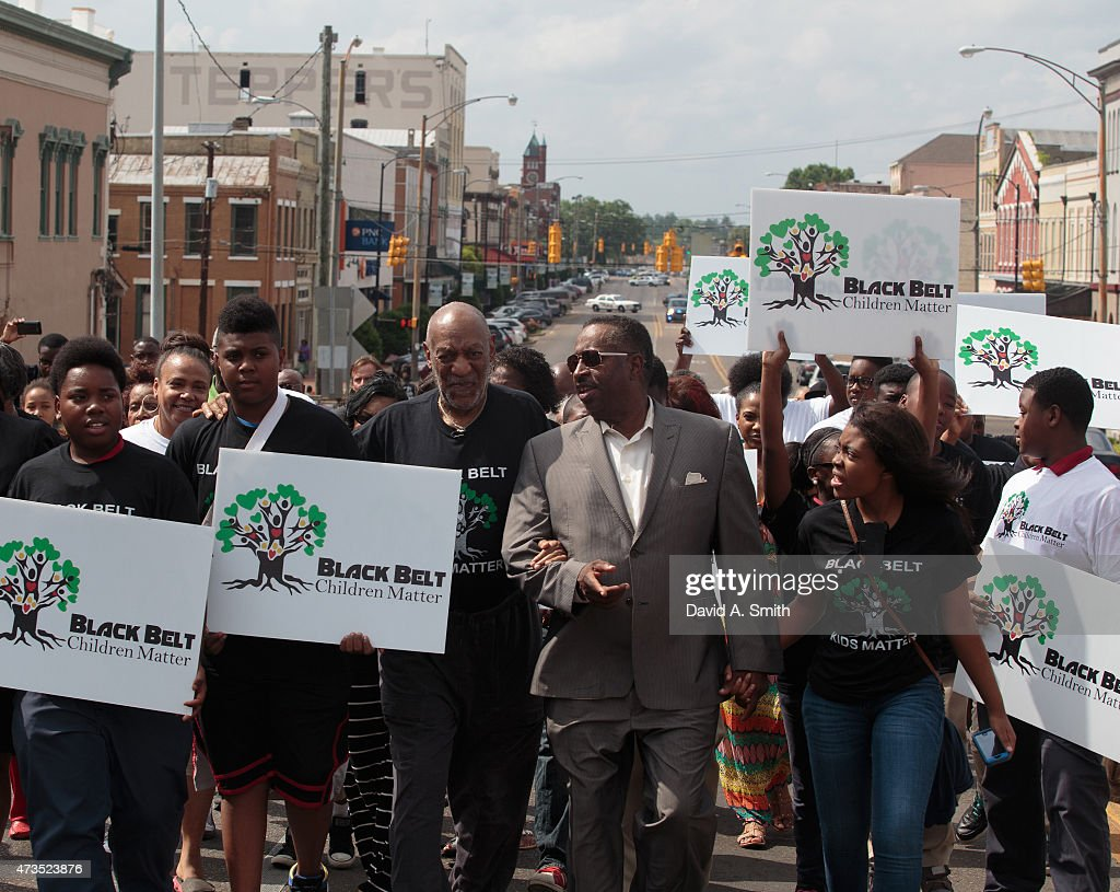 Bill Cosby participates in the Black Belt Community Foundation's March for Education across the Edmund Pettus Bridge on May 15, 2015 in Selma, Alabama.