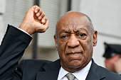 bill cosby reacts after judge steven