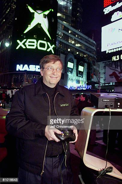 Bill Gates, Chairman and Chief Software Architect of Microsoft stands in New York's Times Square with the new XBOX video game system November 14,...