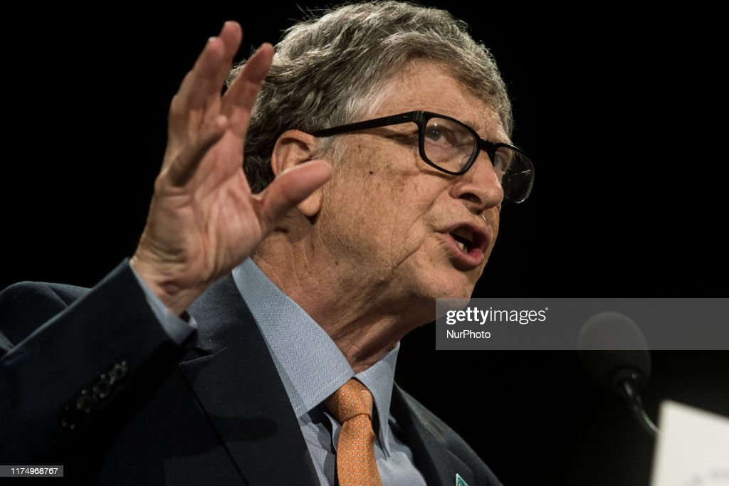 Bill Gates Delivers A Speech At The Fundraising Day At The Sixth World Fund Conference In Lyon : News Photo
