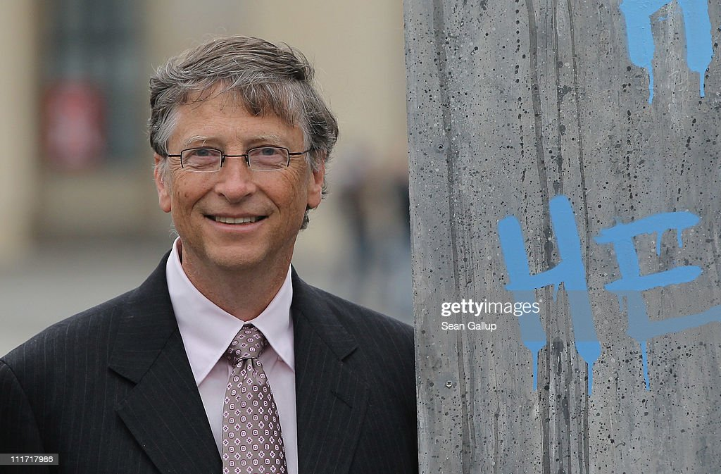 Bill Gates Meets With German Government Leaders : News Photo