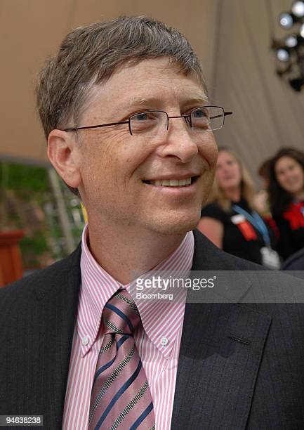 Bill Gates Microsoft Corp chairman walks to the podium to deliver the commencement address after receiving an honorary doctorate at Harvard...