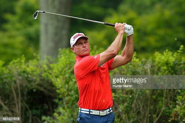 Bill Glasson hits his tee shot on the sixth hole during the third round of the Constellation Senior Players Championship at Fox Chapel Golf Club on...