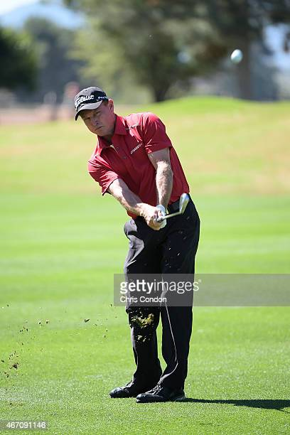 Bill Glasson plays his third shot on the second hole during the first round of the Champions Tour Tucson Conquistadores Classic at Omni Tucson...
