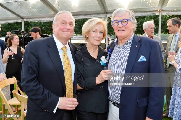 Bill Griffith Pam McKee and David McKee attend the Franklin D Roosevelt Four Freedoms Park's gala honoring Founder Ambassador William J Vanden Heuvel...
