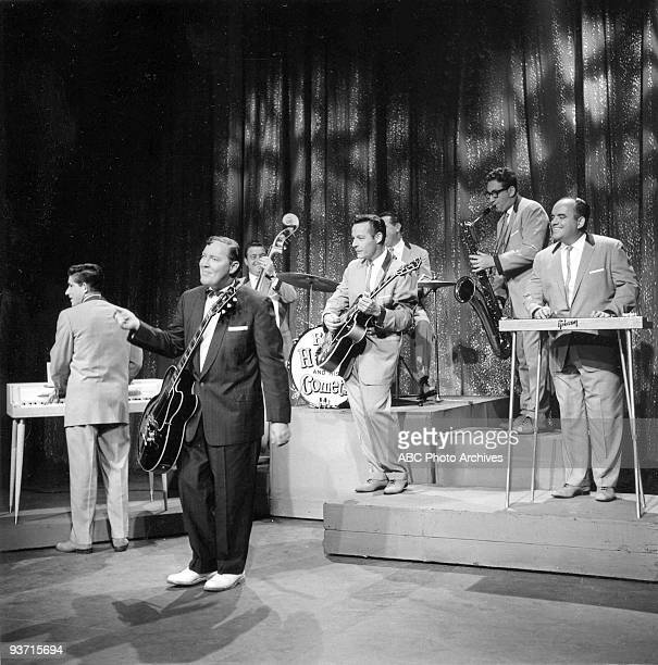 Bill Haley And The Comets Pictures and Photos - Getty Images