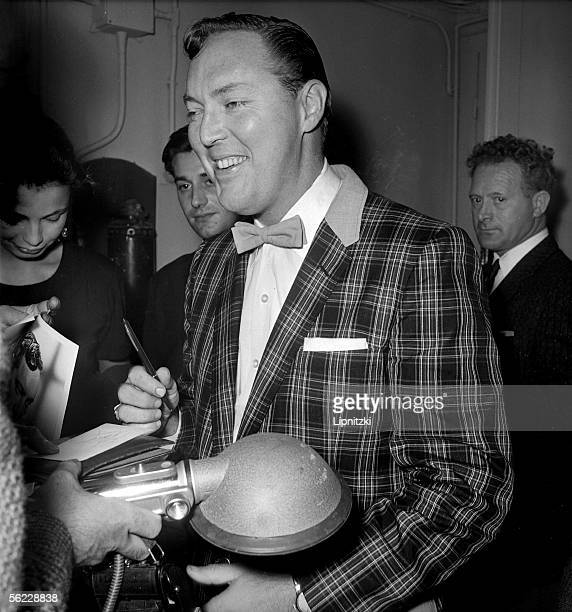 Bill Haley guitarist singer and American conductor Paris Olympia October 1958 LIP8537025