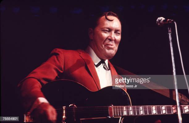 Bill Haley performs during a concert at the Felt Forum in 1970 in New York City New York