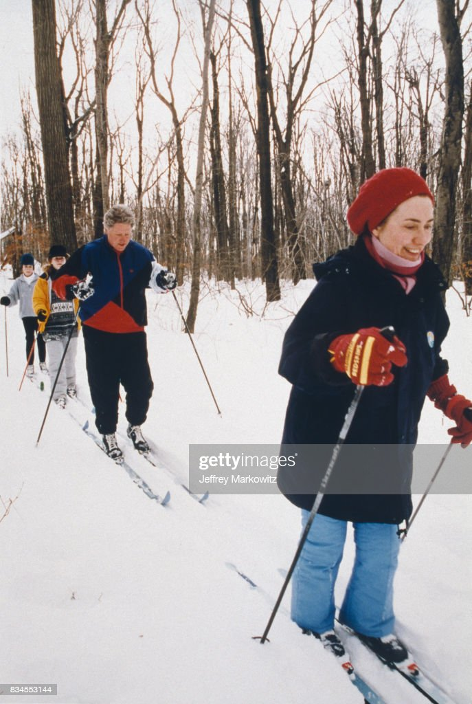 Bill, Hillary and Chelsea Clinton skiing in the surroundings of Camp David, 23th January 1994