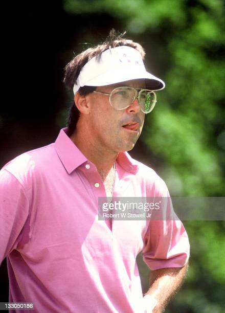Bill Kratzert contemplates his next shot during the Canon Greater Hartford Open Cromwell CT 1992