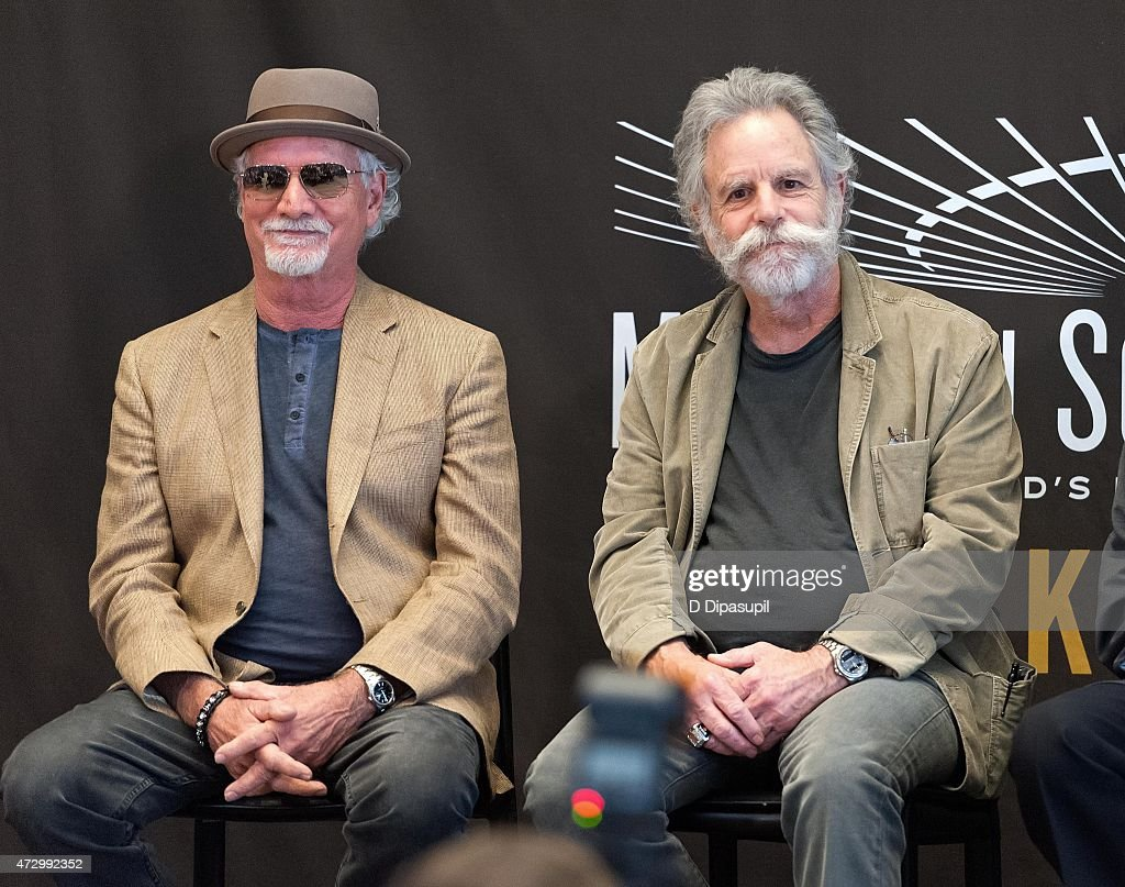 Bill Kreutzmann (L) and Bob Weir of the Grateful Dead attend the Madison Square Garden 2015 Walk Of Fame Inductions at Madison Square Garden on May 11, 2015 in New York City.