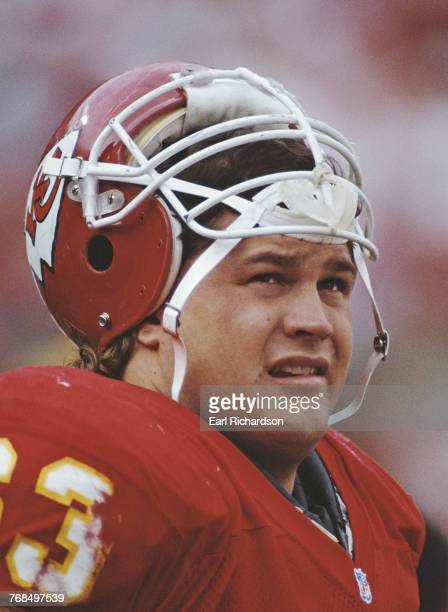 Bill Maas Nose Tackle and Defensive End for the Kansas City Chiefs during the American Football Conference West game against the Denver Broncos on 16...
