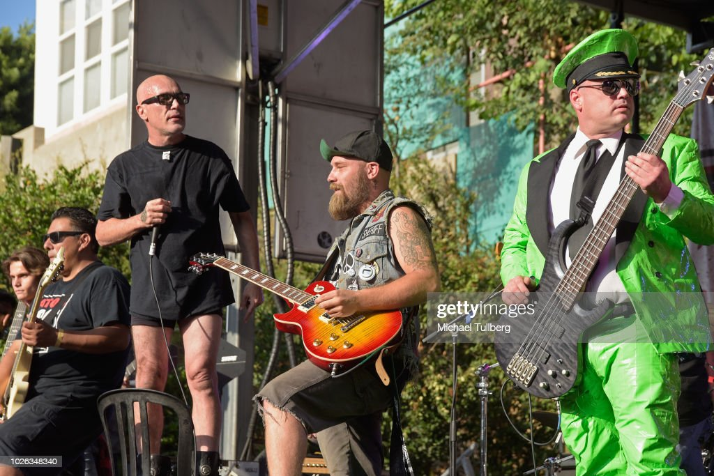 Bill Manspeaker Performs With Green Jelly At Backyard Bash 2018 At