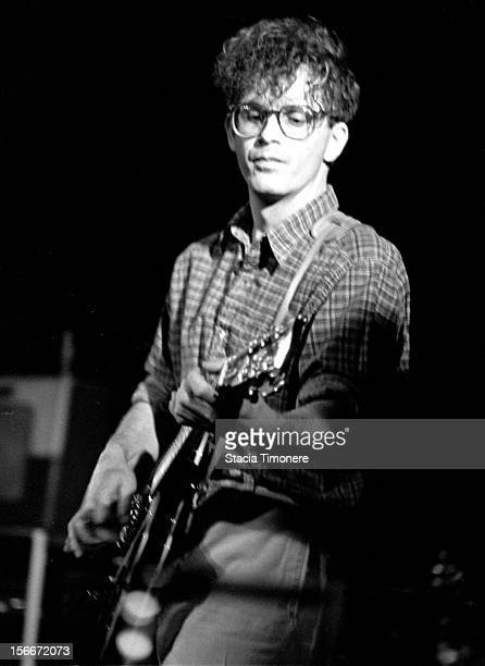 Bill Million performs with The Feelies at Cabaret Metro in Chicago Illinois USA on 21st October 1988