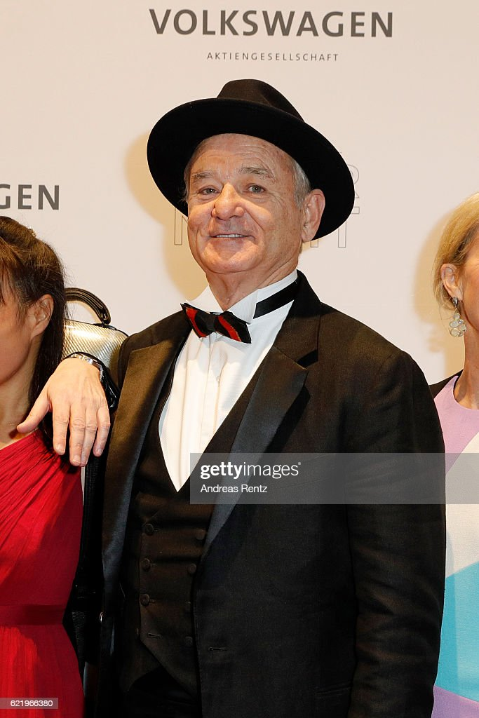 Bill Murray (C) attends the Volkswagen Dinner Night prior to the GQ Men of the Year Award 2016 on November 9, 2016 in Berlin, Germany.