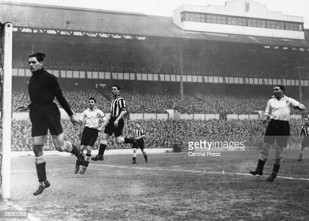 Bill Nicholson Tottenham Hotspur FC winghalf in action during a match Original Publication People Disc HG0228