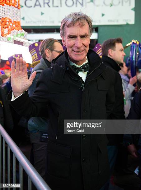 Bill Nye poses during New Year's Eve 2017 in Times Square on December 31 2016 in New York City