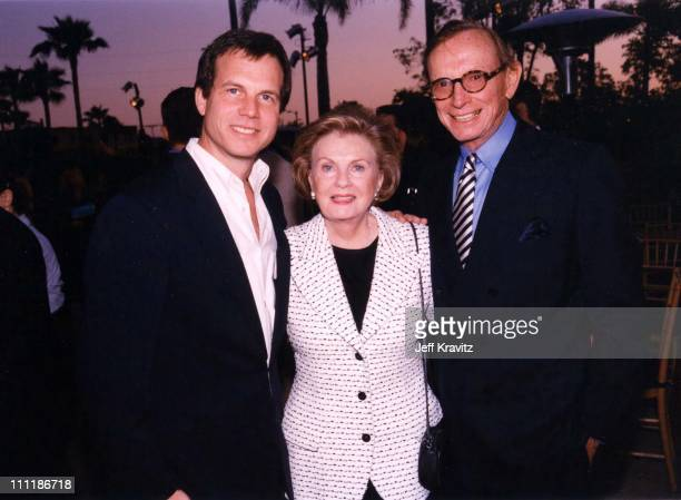 Bill Paxton at the 1998 premiere of Mighty Joe Young at Paramount in Los Angeles.