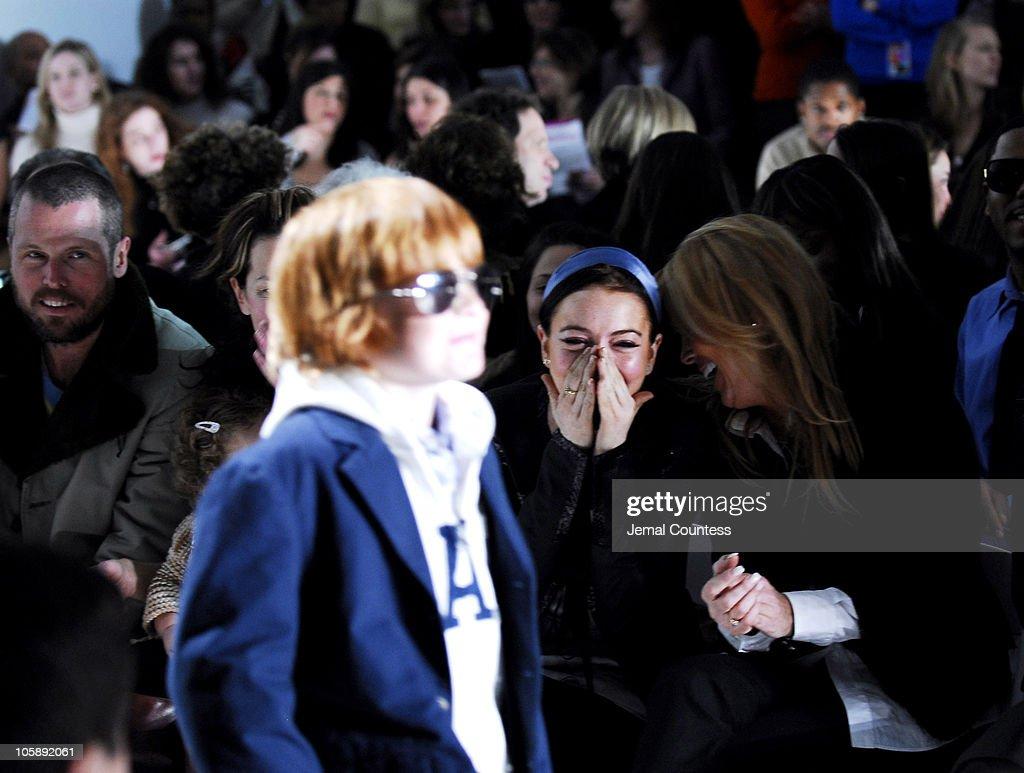 Olympus Fashion Week Fall 2006 - Child Magazine - Backstage and Front Row : Nachrichtenfoto