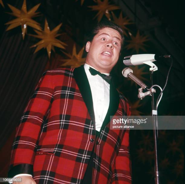Bill Ramsey started his professional career as a pop singer although he set his heart on the Jazz The American born entertainer celebrates his 70th...