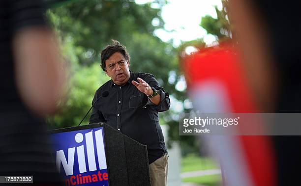 Bill Richardson former Governor of New Mexico speaks during a climate change rally on August 9 2013 in Miami Florida The governor was joined by local...