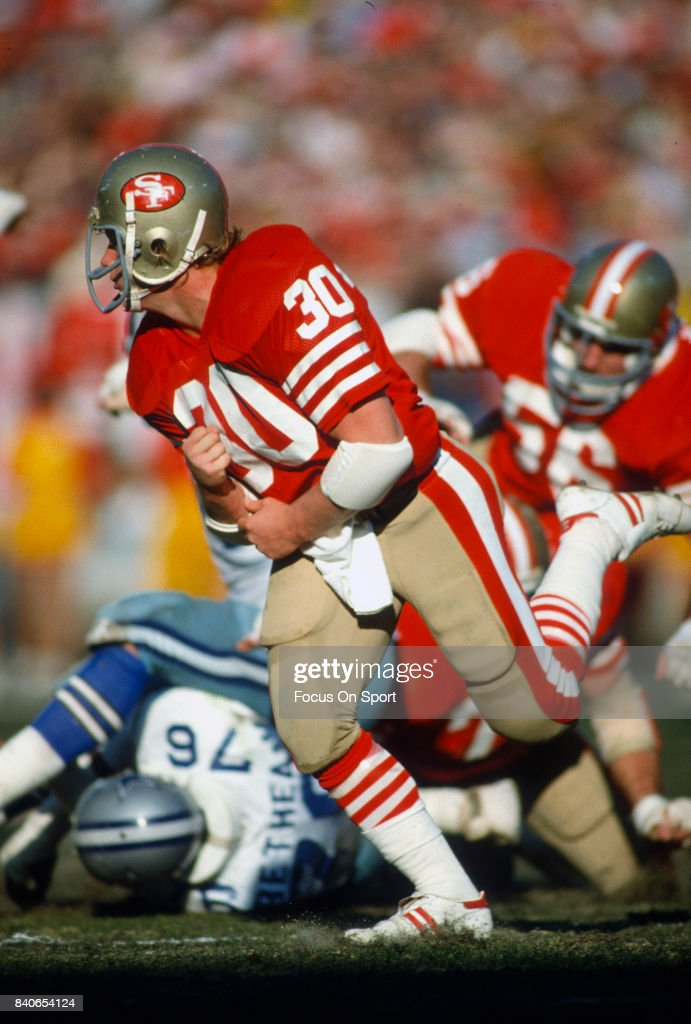 Bill Ring of the San Francisco 49ers in action against the Dallas Cowboys during the NFC Conference Championship Game January 10 1982 at Candlestick...