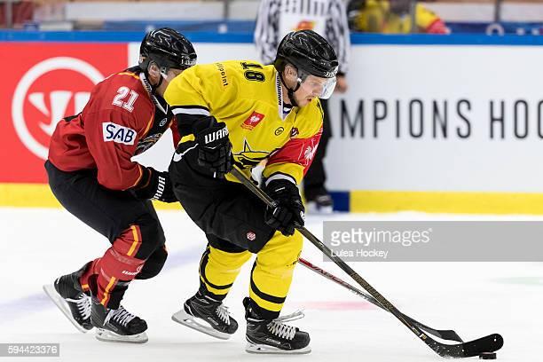 Bill Sweatt of Lulea Hockey chasing Kalle Maalahti of SaiPa Lappeenranta whit the puck during the Champions Hockey League match between Lulea Hockey...