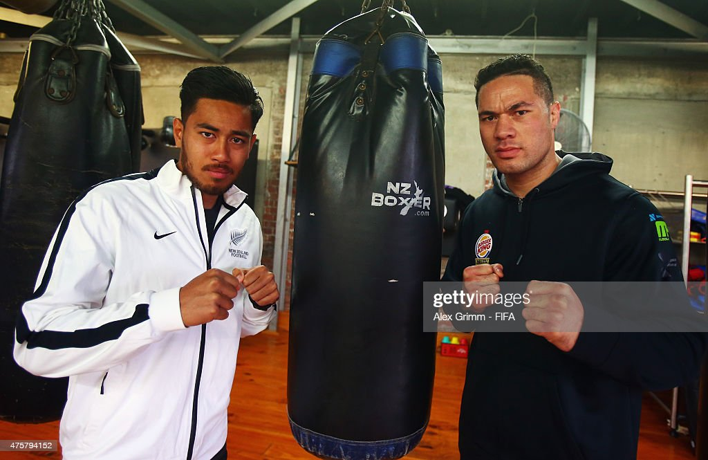 Bill Tuiloma of the New Zealand U-20 team poses with heavyweight boxer Joseph Parker at Les Mills Gym on June 4, 2015 in Wellington, New Zealand.