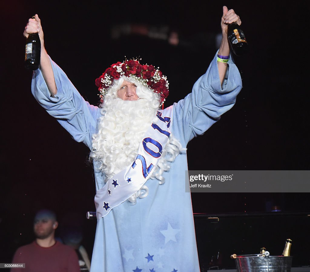 Bill Walton appears on stage during the Dead and Company performance at The Forum on December 31, 2015 in Inglewood, California.