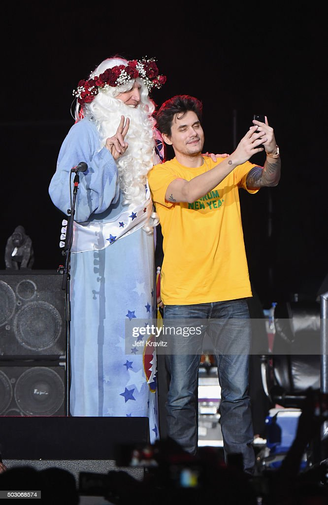 Bill Walton appears on stage with John Mayer of Dead and Company at The Forum on December 31, 2015 in Inglewood, California.