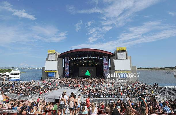 Billboard Hot 100 Festival Day 1 at Nikon at Jones Beach Theater on August 20 2016 in Wantagh New York