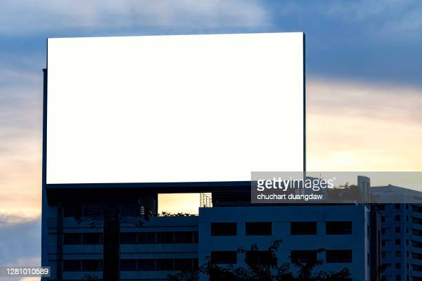 billboards, advertising banner media display - large stock pictures, royalty-free photos & images