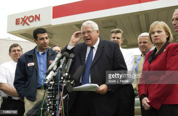 House Speaker J. Dennis Hastert, R-Ill., speaking, with Chris Cannon, R-Utah, station owner John Rohayem, and Thelma Drake, R-Va., during a news...