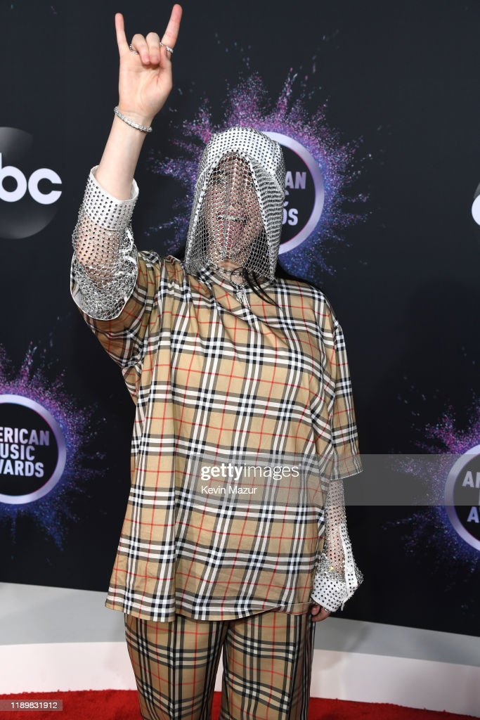 2019 American Music Awards - Red Carpet : News Photo