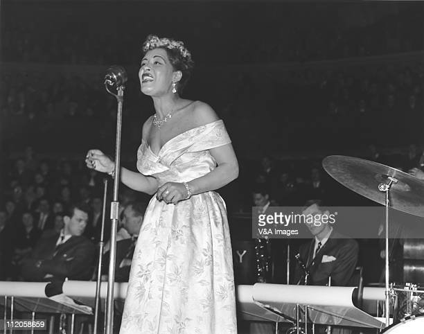 Billie Holiday performs on stage 14 February 1954
