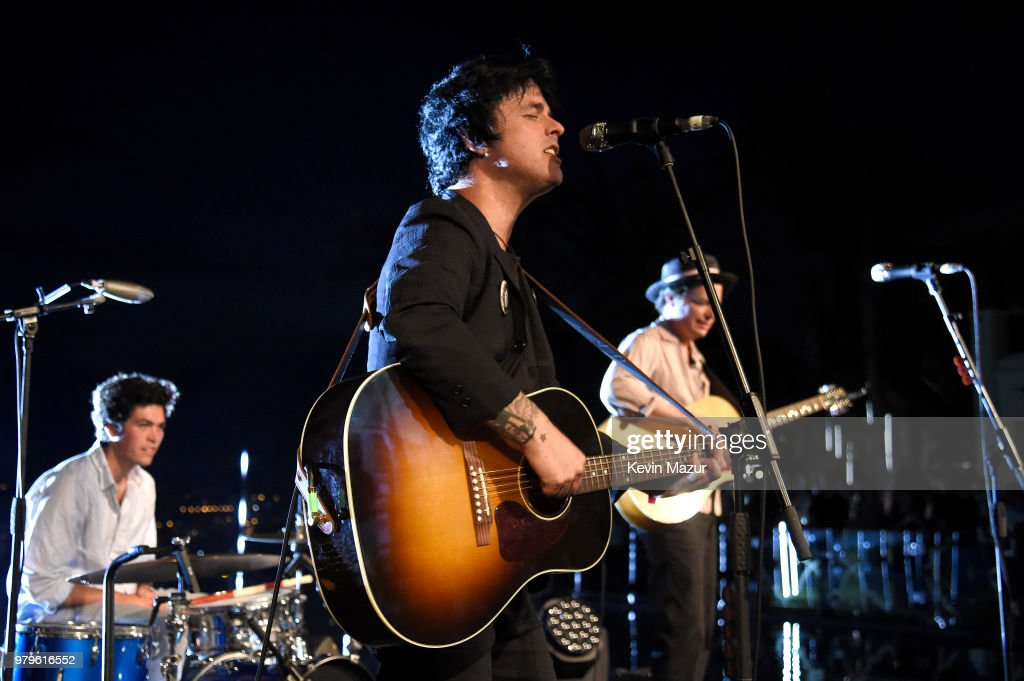 billie-joe-armstrong-joey-armstrong-and-