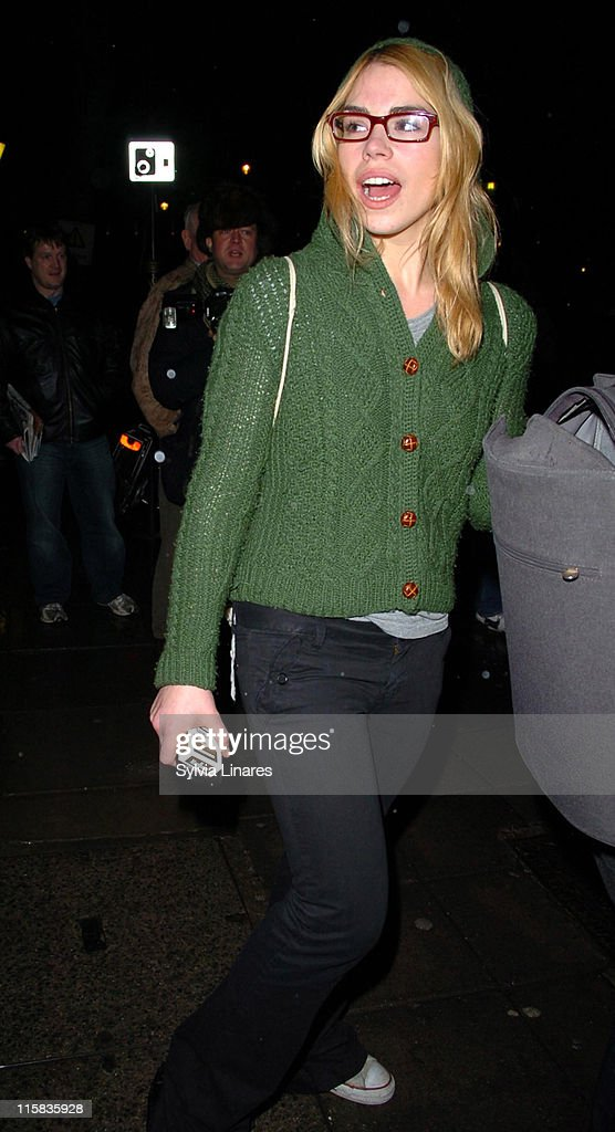 Billie Piper Sighting Leaving the Garrick Theatre in London - March 5, 2007