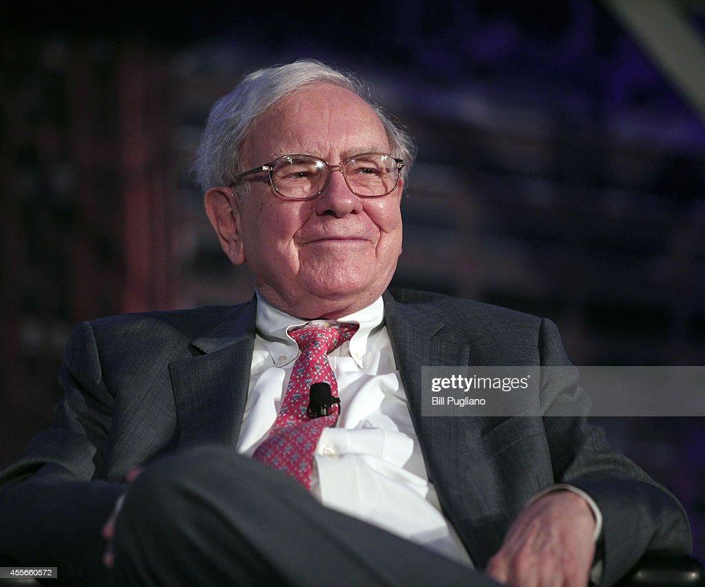 Warren Buffett Speaks At Conference Focused On Detroit's Revitalization : News Photo