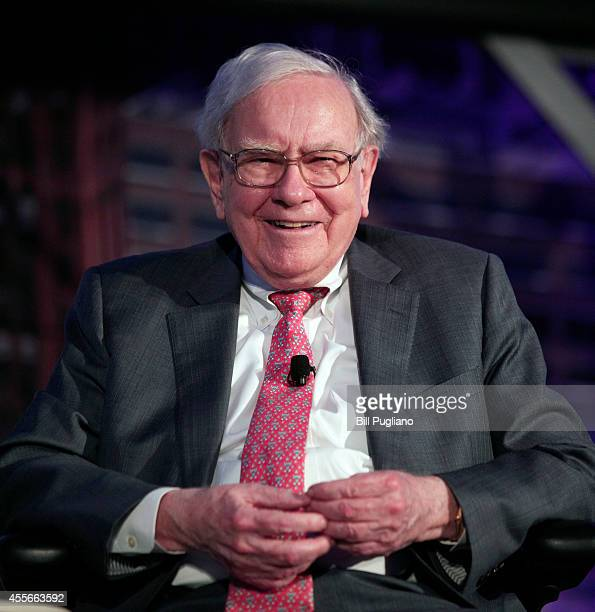 "Billionaire investor Warren Buffett speaks at an event called, ""Detroit Homecoming"" September 18, 2014 in Detroit, Michigan. The purpose of the..."