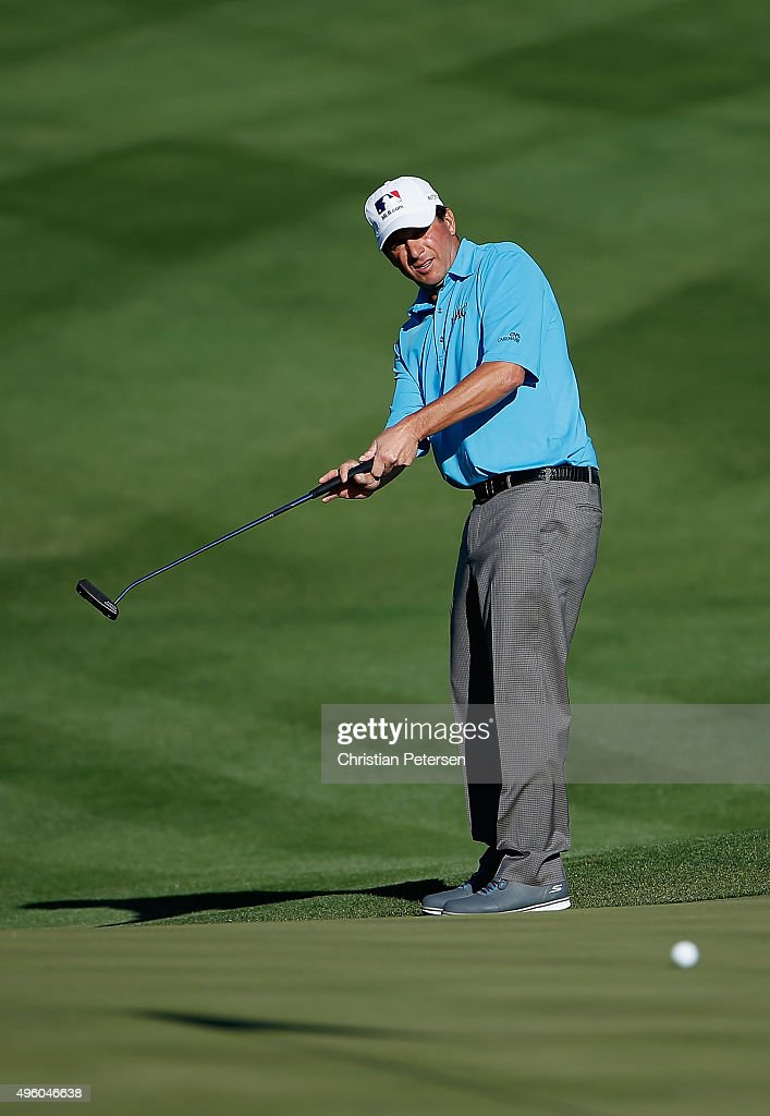 Billy Andrade putts on the 14th green during the second round of the Charles Schwab Cup Championship on the Cochise Course at The Desert Mountain Club on November 6, 2015 in Scottsdale, Arizona.
