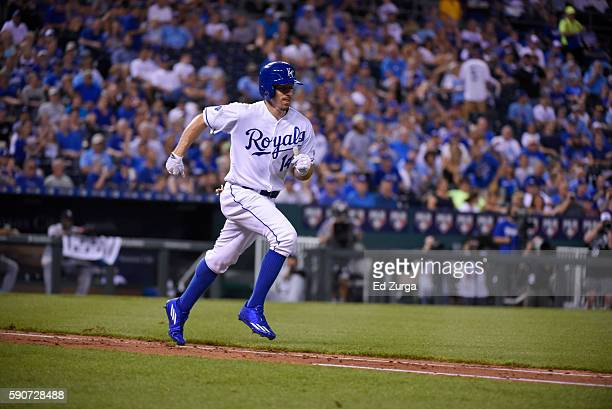 Billy Burns of the Kansas City Royals runs to first against the Chicago White Sox at Kauffman Stadium on August 11 2016 in Kansas City Missouri